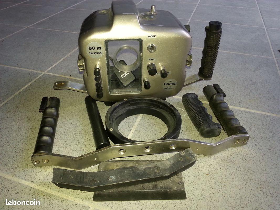 caisson mediasub pour reflex canon 300