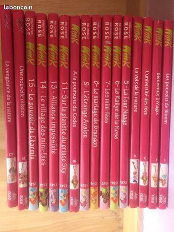 Lot livres bibliothèque rose Winx