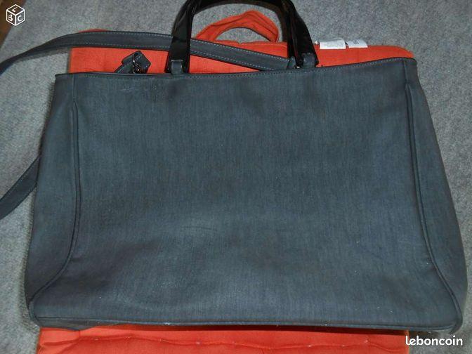 sac main gris lani re poches zipp euroline accessoires bagagerie oise. Black Bedroom Furniture Sets. Home Design Ideas