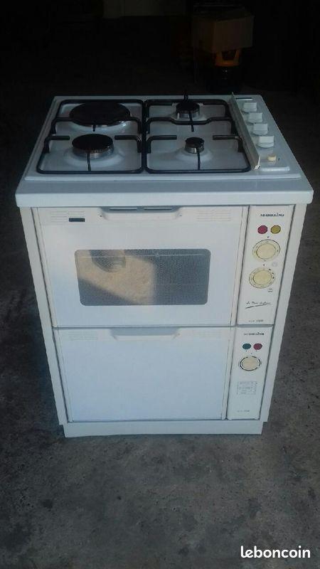 Combiné plaque cuisson four élect lave vaissel