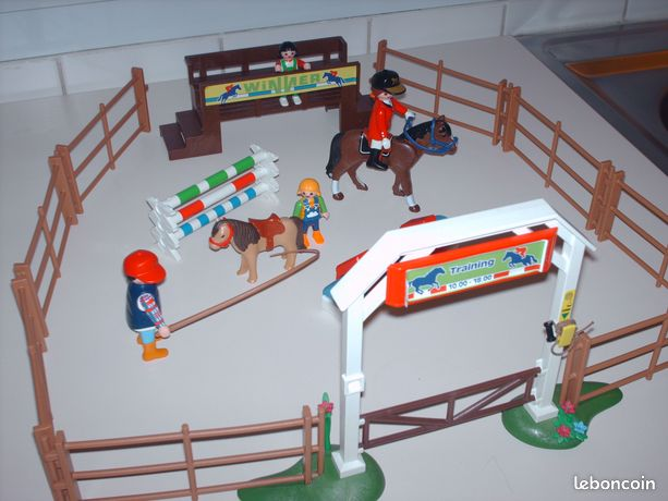 haras centre questre playmobil n 2 jeux jouets maine. Black Bedroom Furniture Sets. Home Design Ideas