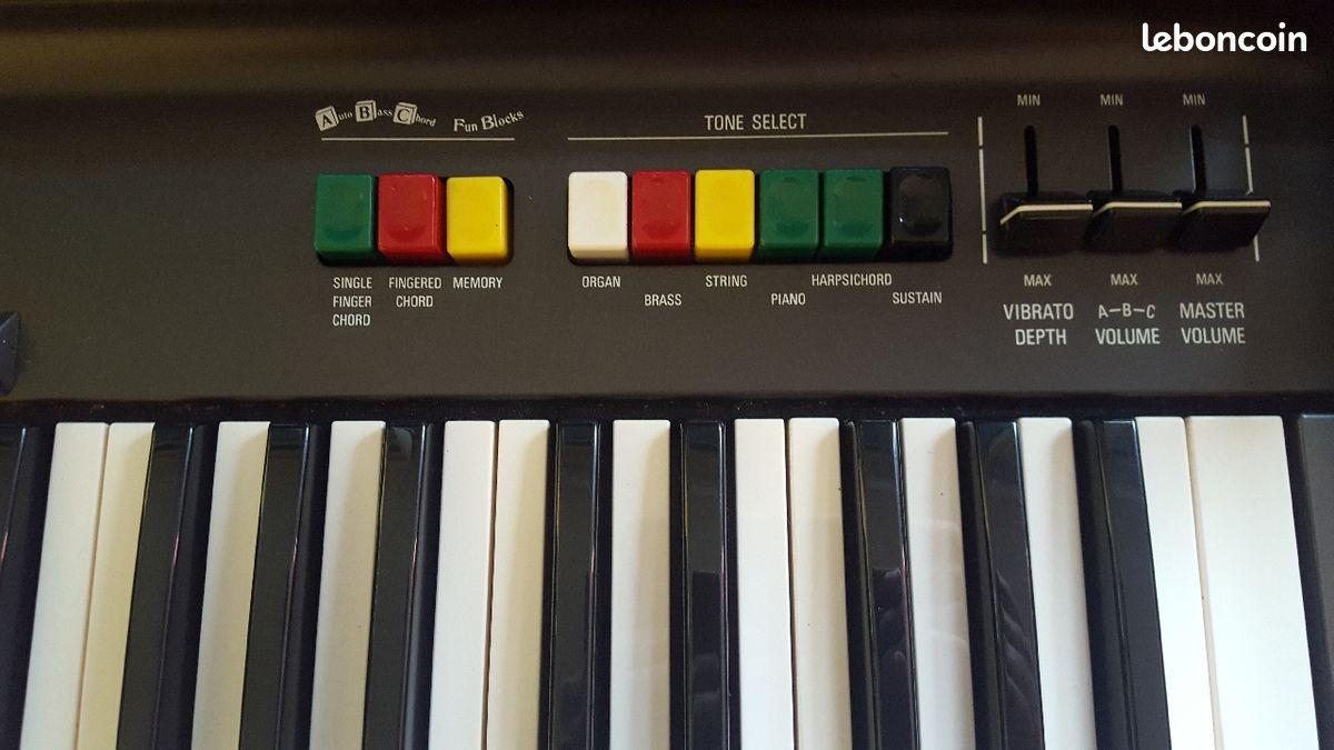 Vend orgue yamaha