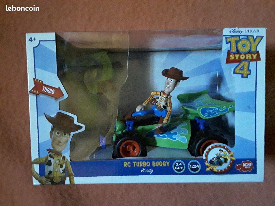 Woody + buggy radiocommandé toy story 4 neuf