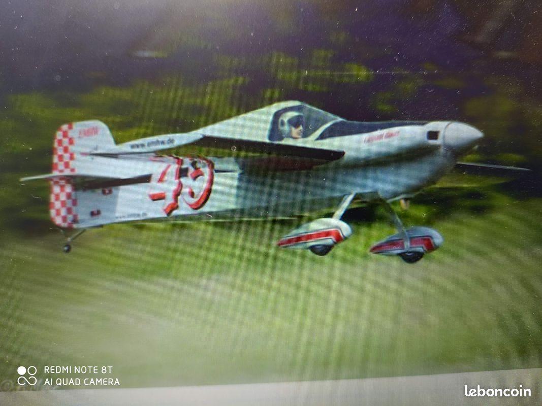 Avion rc magnifique semi maquette