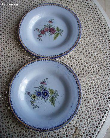 Paire d'assiettes décoratives Honfleur