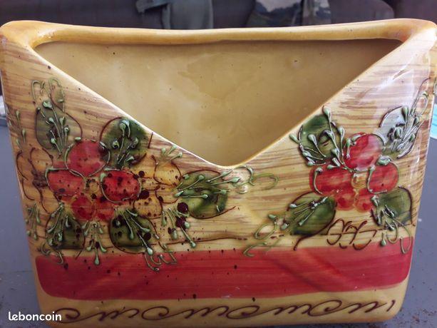 Porte lettres - En ceramique
