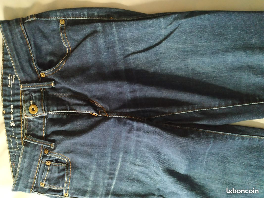 Jeans levi's taille 26 (34)