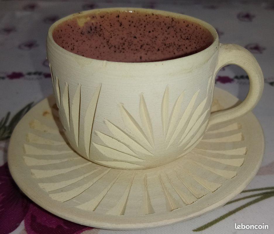 Service à thé neuf artisanal de style oriental en terre cuite