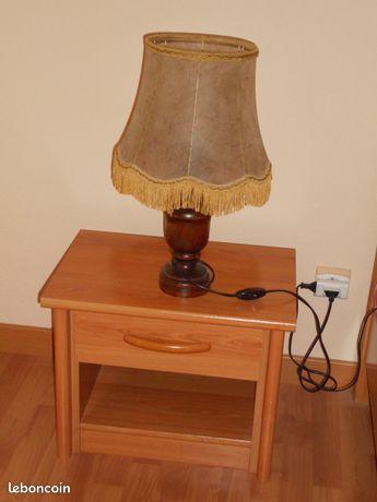 Lampe de chevet bois style rustique