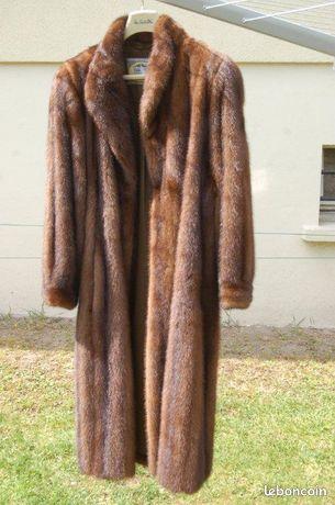 67e7f81ea03 Manteau de fourrure taille 42 jfd