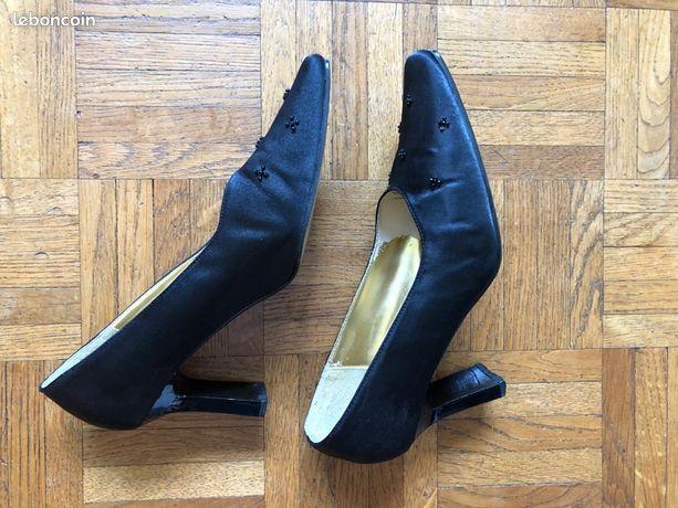 Chaussures à talon noires