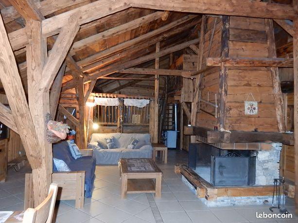 Grand chalet gîte 29 PERS Vacheresse entre stations ski Châtel et lac Léman