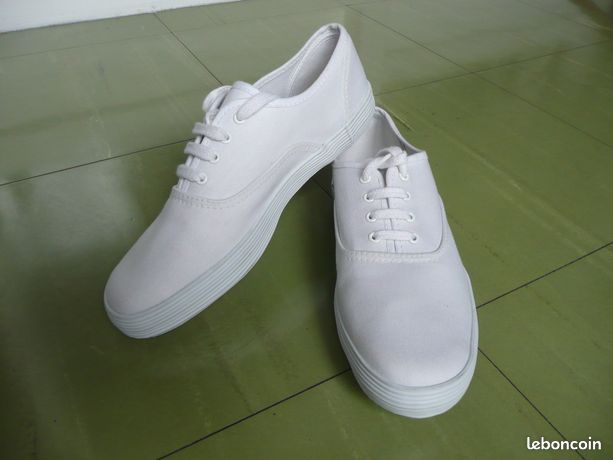 Chaussures blanches femme p. 38 - NEUVES