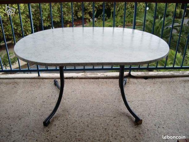 table d exterieur avec leroy merlin brico depot. Black Bedroom Furniture Sets. Home Design Ideas