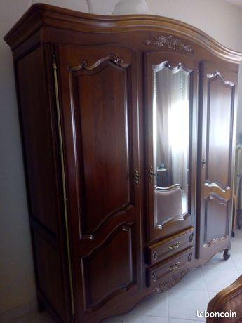 Superbe armoire merisier