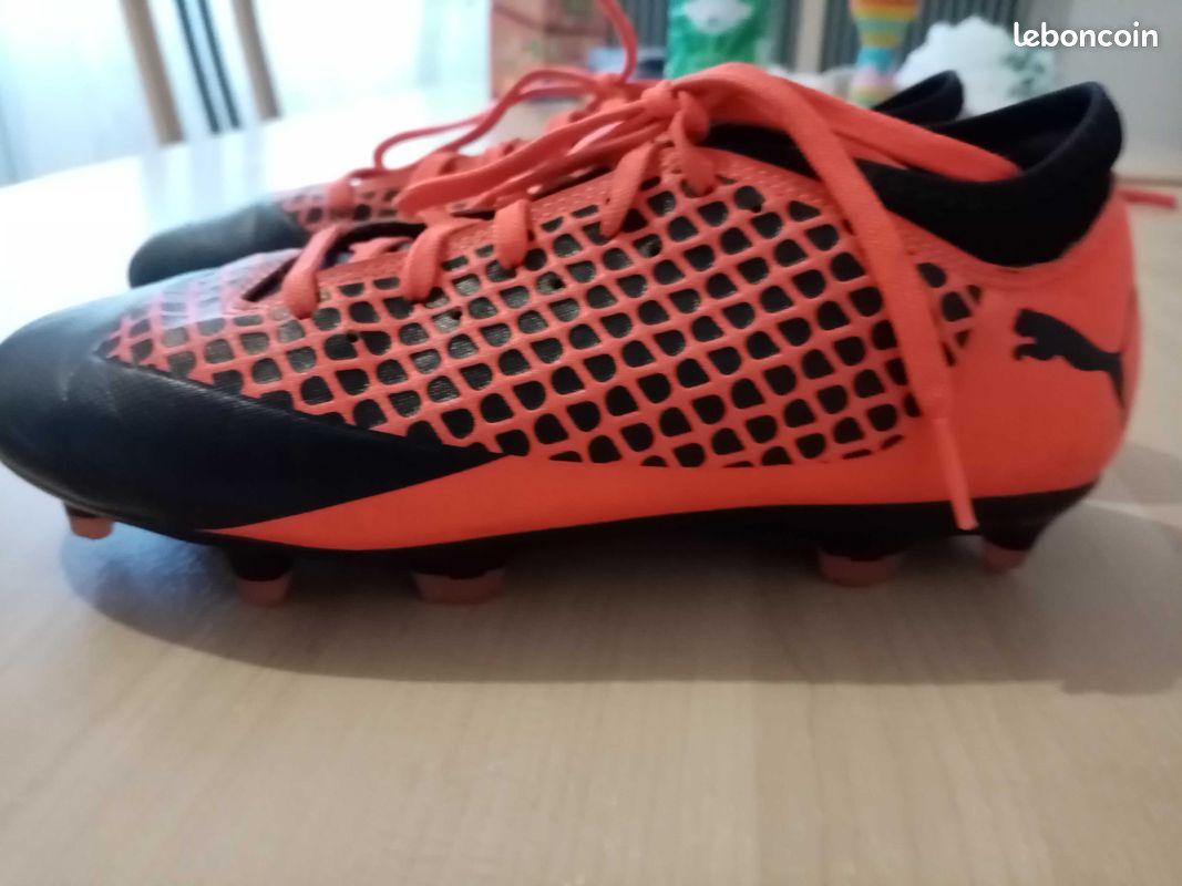 Chaussures de foot puma t35