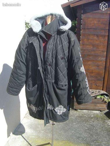 Manteau parka noir noir et blanc capuche v tements haute - Colissimo agence haute garonne ...
