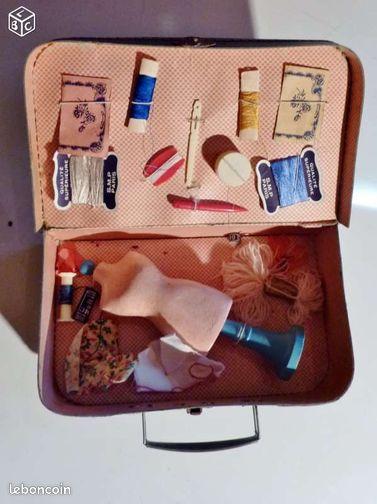 Malette de modiste jouet ancien couture jeux jouets for Malette de couture complete