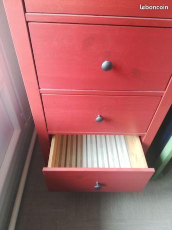Commode bois massif rouge