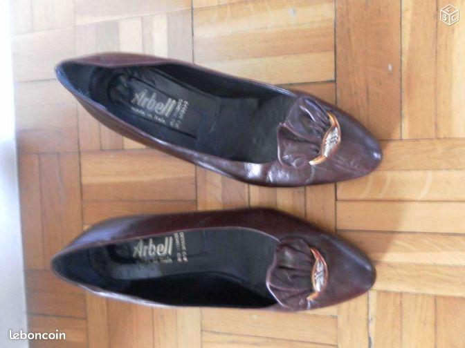 Chaussures chaussures bouches du rh ne for Le bon coin bouche du rhone