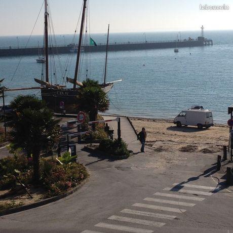 Appt vue sur mer port de la houle wifi gratuite