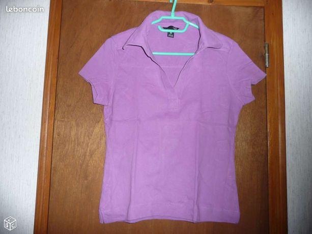 Vêtement femme - Petit-Mesnil - T shirt mauve avec col en V H & M taille 36 Possibilité d'envoi ( frais de port en supplément au tarif postal en vigueur )  - Petit-Mesnil