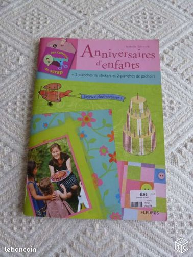 livre les cahiers de scrapbooking livres loire atlantique. Black Bedroom Furniture Sets. Home Design Ideas