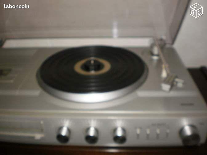 tourne disque philips 2 grandes enceintes cd musique. Black Bedroom Furniture Sets. Home Design Ideas