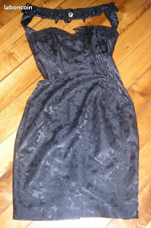 Très belle robe de soirée scott mc clintock