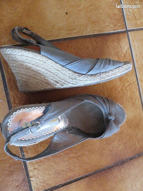 Chaussures escadrilles à talon compensé