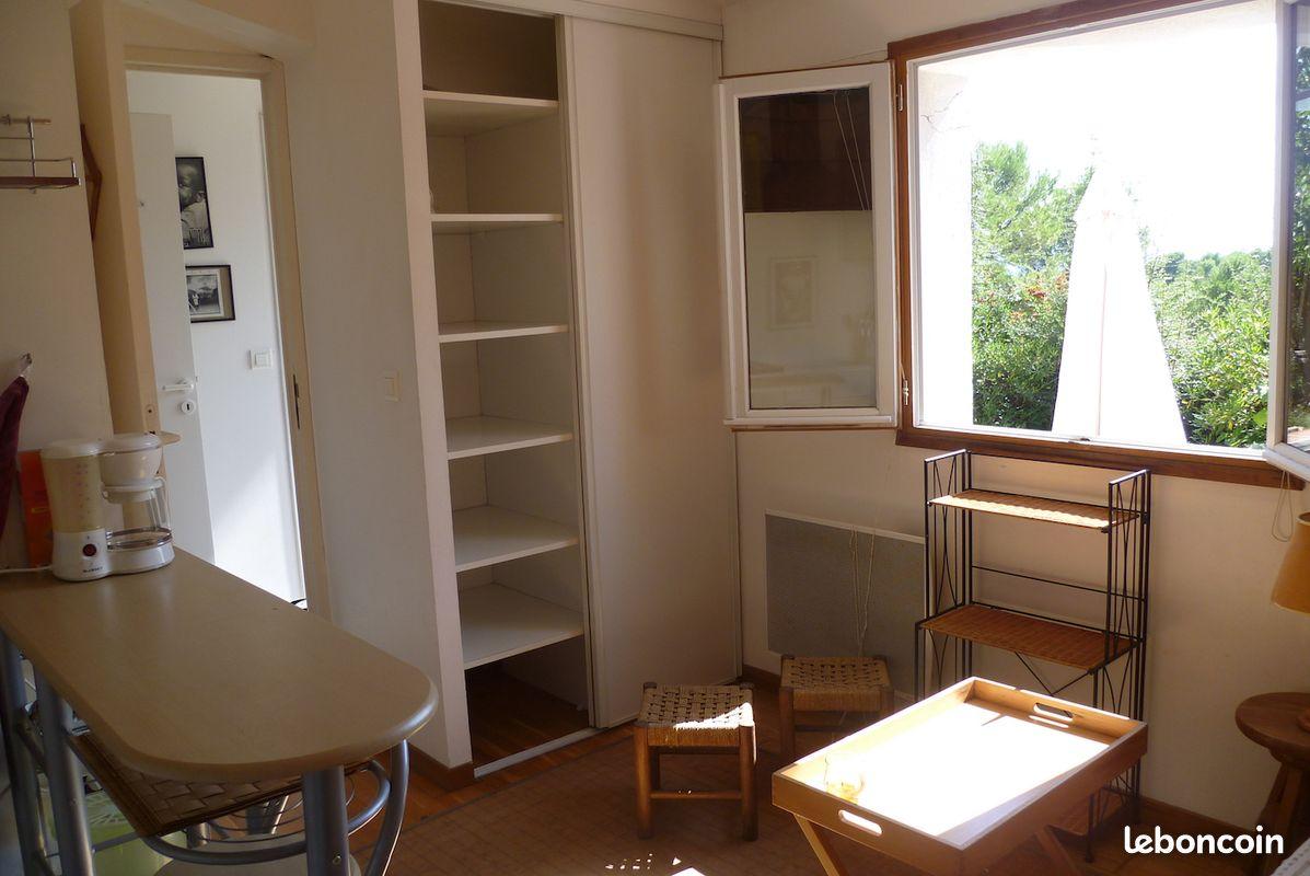 Draguignan, petite maison meublee a louer du 1 oct au 15 juin 2021