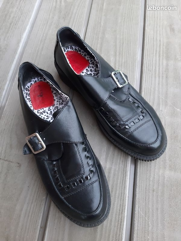 Chaussures noires creepers