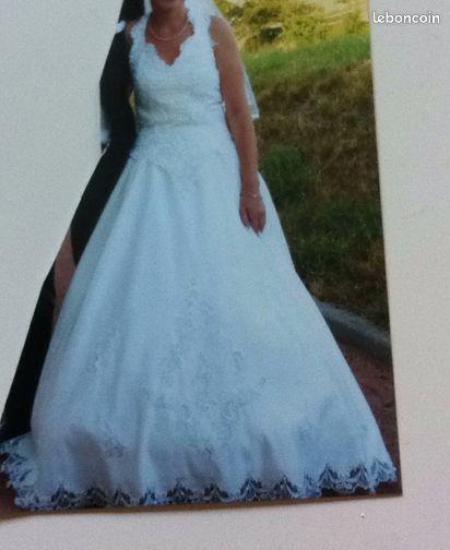Robe de mariée - Le Coteau - robe de mariée, taille 36, devant brodée + perle, couleur champagne dégriffée a essayer sur place  - Le Coteau