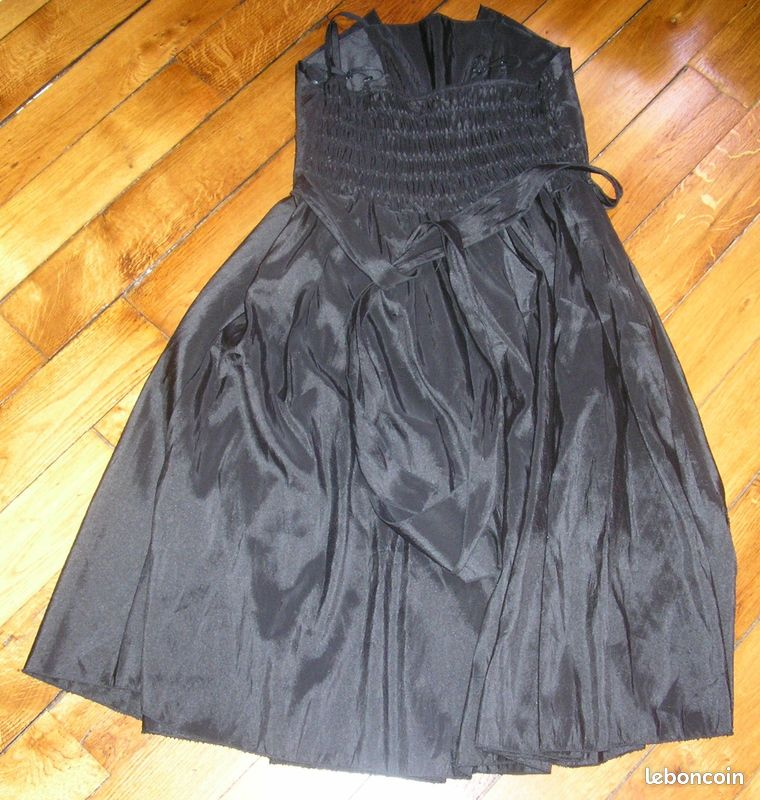 Robe de soirée noire en satin escape t36/38