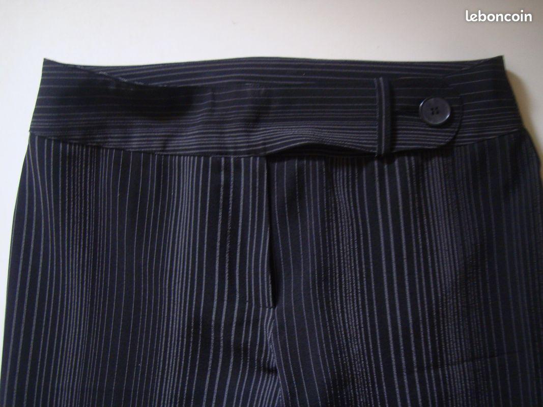 Pantalon à rayures noir ( neuf )