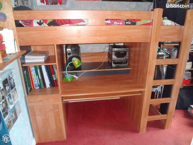 lit sur lev avec bureau et penderie ameublement charente. Black Bedroom Furniture Sets. Home Design Ideas