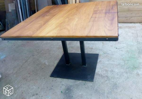 Table pied central bois 28 images table tonneau pied for Douleur genou exterieur