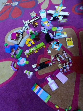 Lego Friends Bateau Hydravion Chiot Concert Scene - Noyelles-lès-Seclin - Lego friends Bateaux Voiture Chanteur 3937 Bateau à la plage 3063 Hydravion 3934 Le chiot de Mia 3932 Lego Friends Le Concert D'andréa 41027 - Le stand de limonade de Mia Lego Friends scene de repetition 5560 Bac de construction t - Noyelles-lès-Seclin