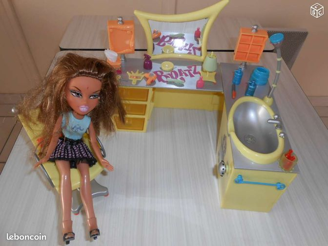 Salon de coiffure et une bratz jeux jouets morbihan - Jeux de salon de coiffure et beaute ...