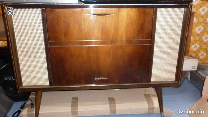 meuble combine radio tourne disque vintage 60 65 image son somme. Black Bedroom Furniture Sets. Home Design Ideas