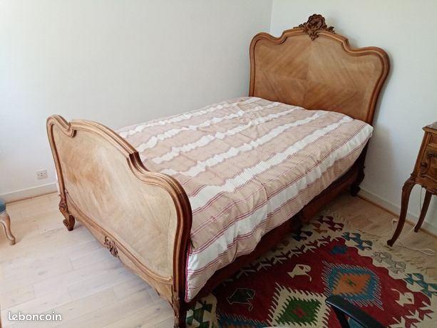 Lit coquille style Louis XV