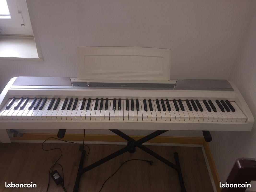 Piano numerique korg sp170s