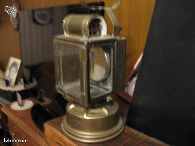 veritable ancienne lampe de cheminot cuivre d coration val d 39 oise. Black Bedroom Furniture Sets. Home Design Ideas