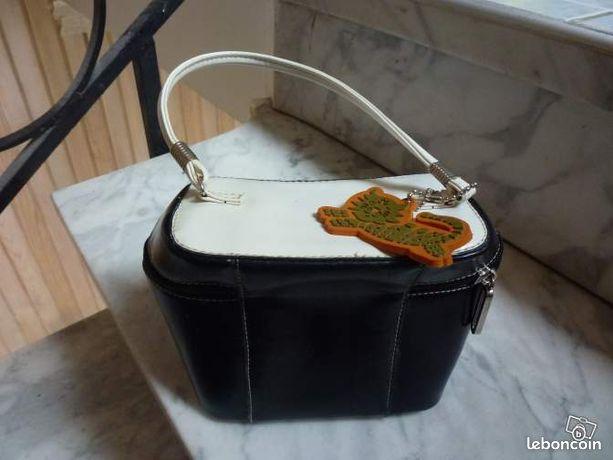 Sac accessoire fille - Talence - sac accessoire pour fille avec fermeture eclair  - Talence