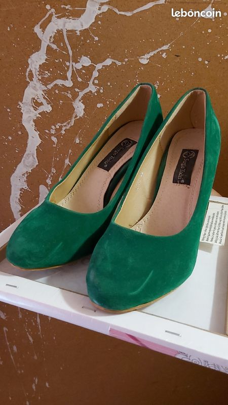 Escarpins à talons verts