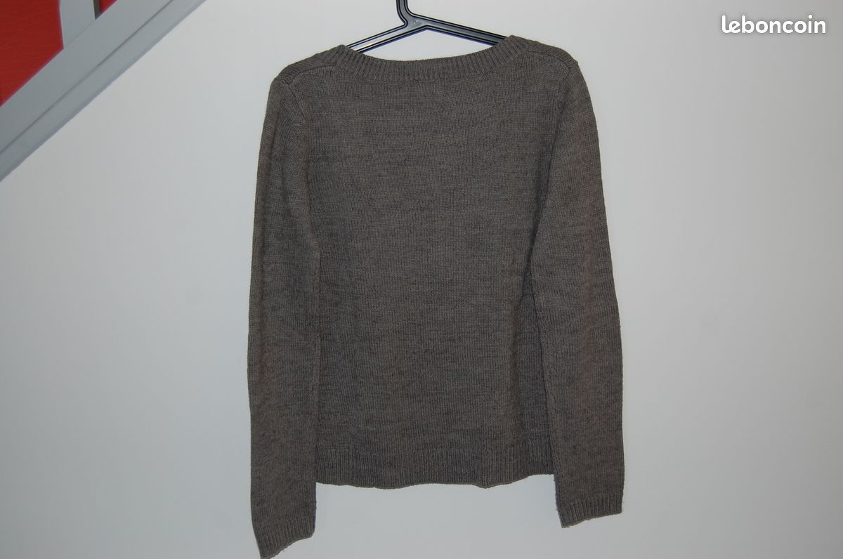 Pull camaieu col v taille 2