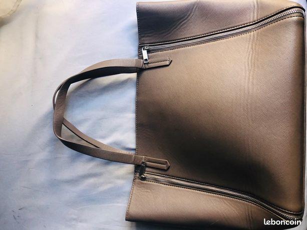 Accessoire mode occasion (sac à main, valise, ) Loiret