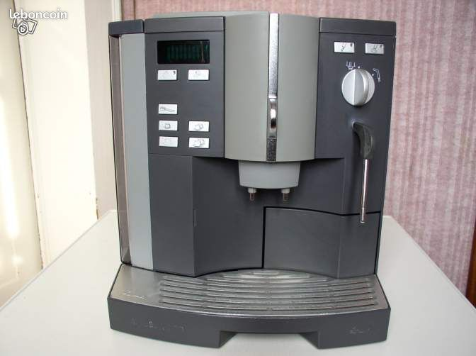 Machine caf jura impressa 500 digital r vis e electrom nager haute sa ne - Prix machine a cafe jura ...
