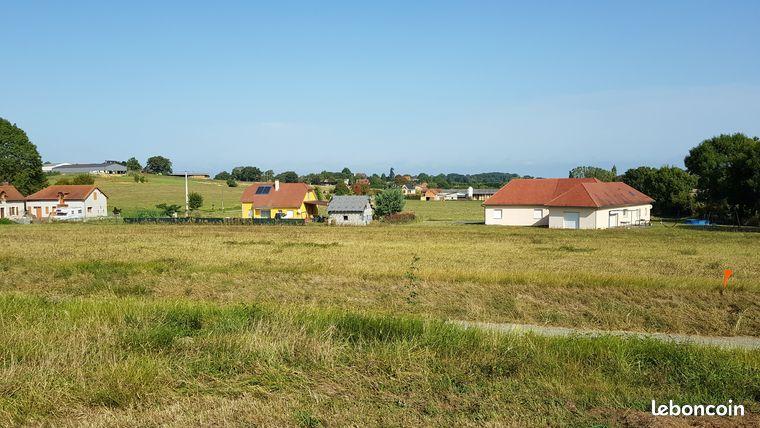 Terrain Constructible à Boueilh 64330
