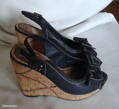 detailed look 23dc0 23bfa Chaussures d été cuir noir talon compenses liège